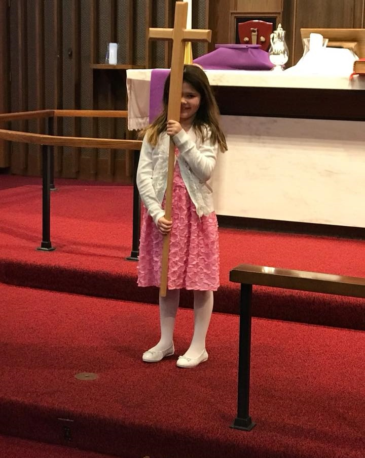 images/stories/HeaderImages/Frame1/Abbie Rust bearing the cross.jpg